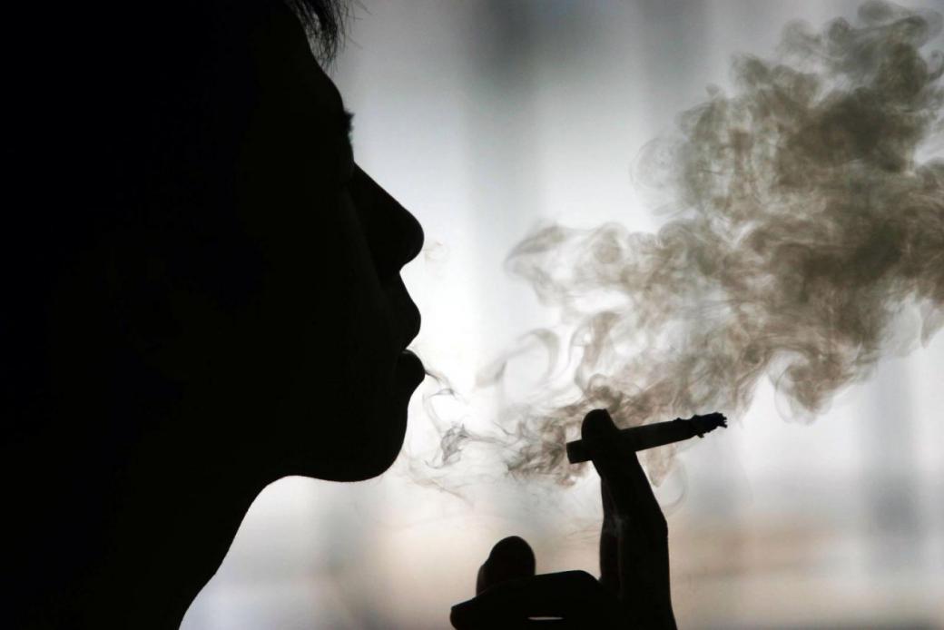 Курит спайс картинки