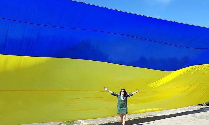 На Донбассе изготовили самый большой флаг Украины в зоне ООС, фото-3