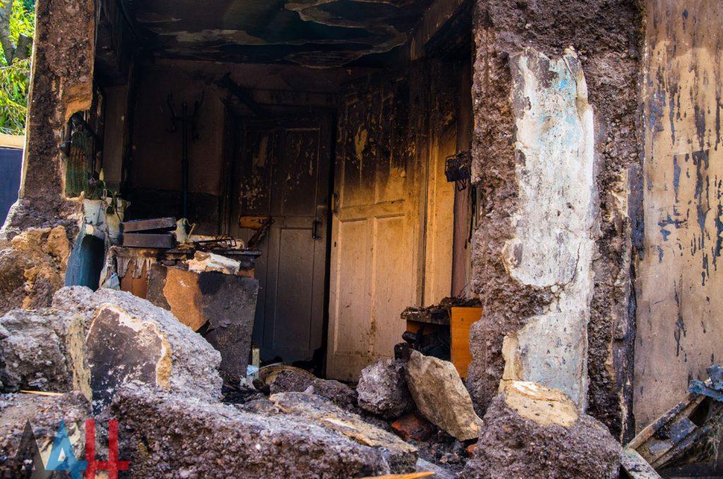 В сеть выложили фото последствий утреннего взрыва в Донецке, фото-4