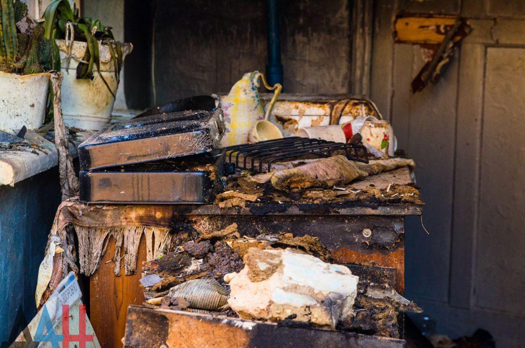 В сеть выложили фото последствий утреннего взрыва в Донецке, фото-6