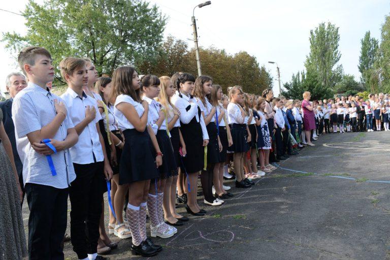 Украинские военные поздравили школьников в прифронтовых населенных пунктах, фото-4