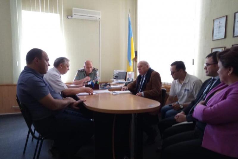 Представитель ОБСЕ впервые пообщался с украинскими заложниками на Донбассе, фото-2