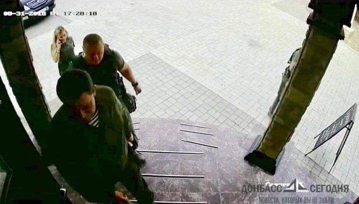 В сети появились последние фото Захарченко