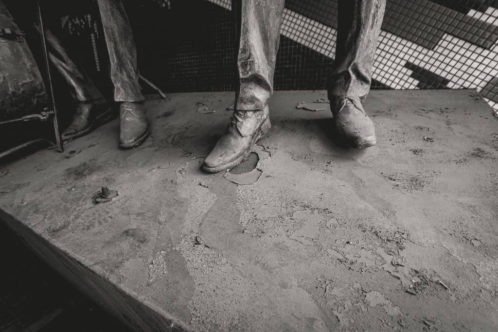 «Власти» ОРДО объяснили, куда исчезли фигуры «Битлз», стоявшие возле «Ливерпуля», фото-2