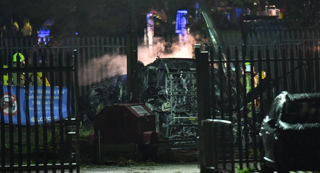 В Англии разбился вертолет с главой крупного футбольного клуба. Все погибли, фото-7