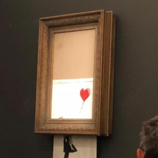 «Искусство» Бэнкси: картина художника самоликвидировалась после продажи на аукционе, фото-4