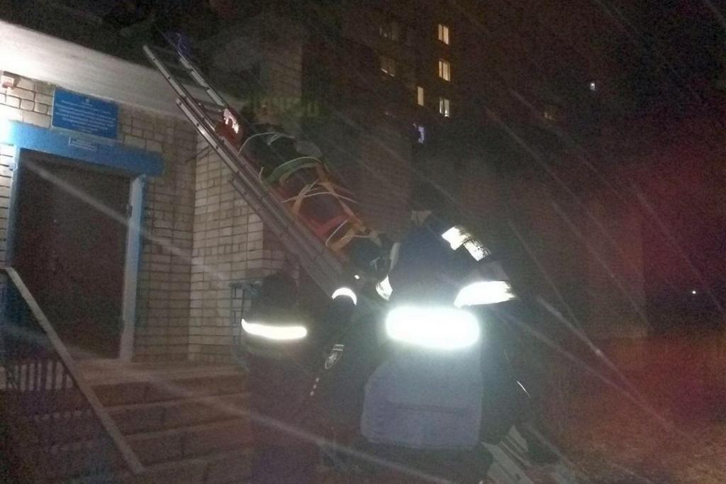 В Днепре вор упал с пятого этажа пытаясь сбежать от полиции, фото-3