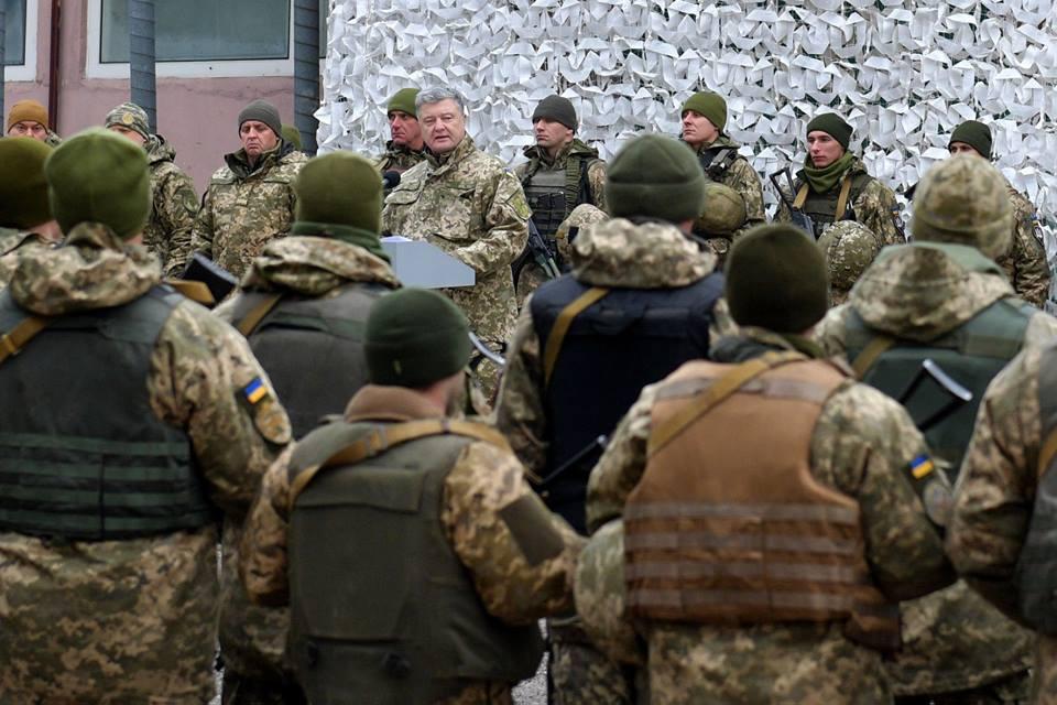 Порошенко побывал на Донбассе и пообщался с военными, фото-3