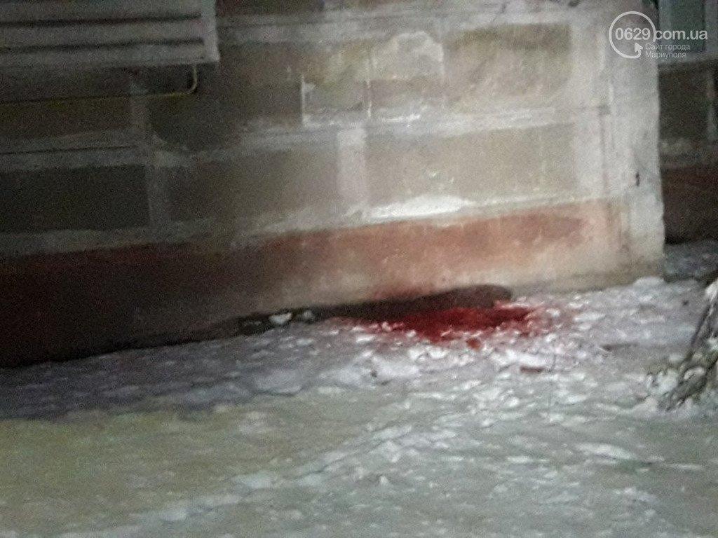 В Мариуполе в жилом доме прогремел взрыв: есть жертвы, фото-2