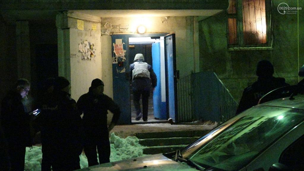 В Мариуполе в жилом доме прогремел взрыв: есть жертвы, фото-5
