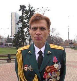 На Донбассе предательница Украины получила паспорт РФ, фото-4