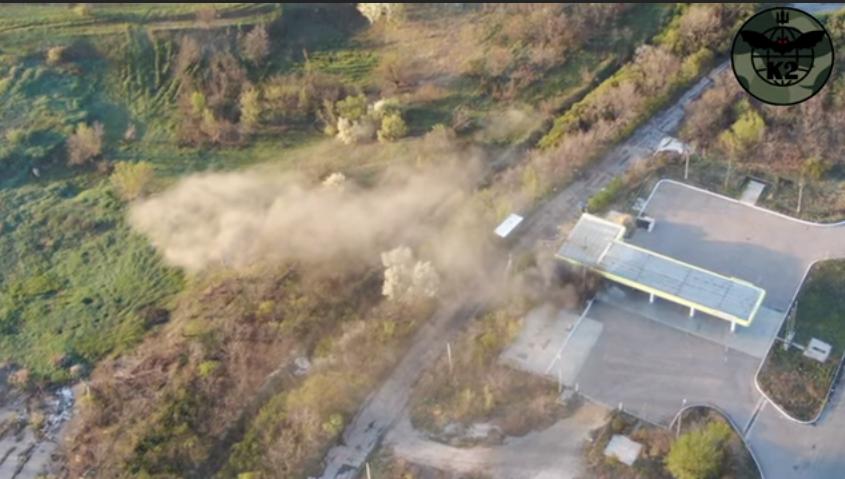 Подразделение ВСУ уничтожили военный автомобиль боевиков: опубликовано видео удара